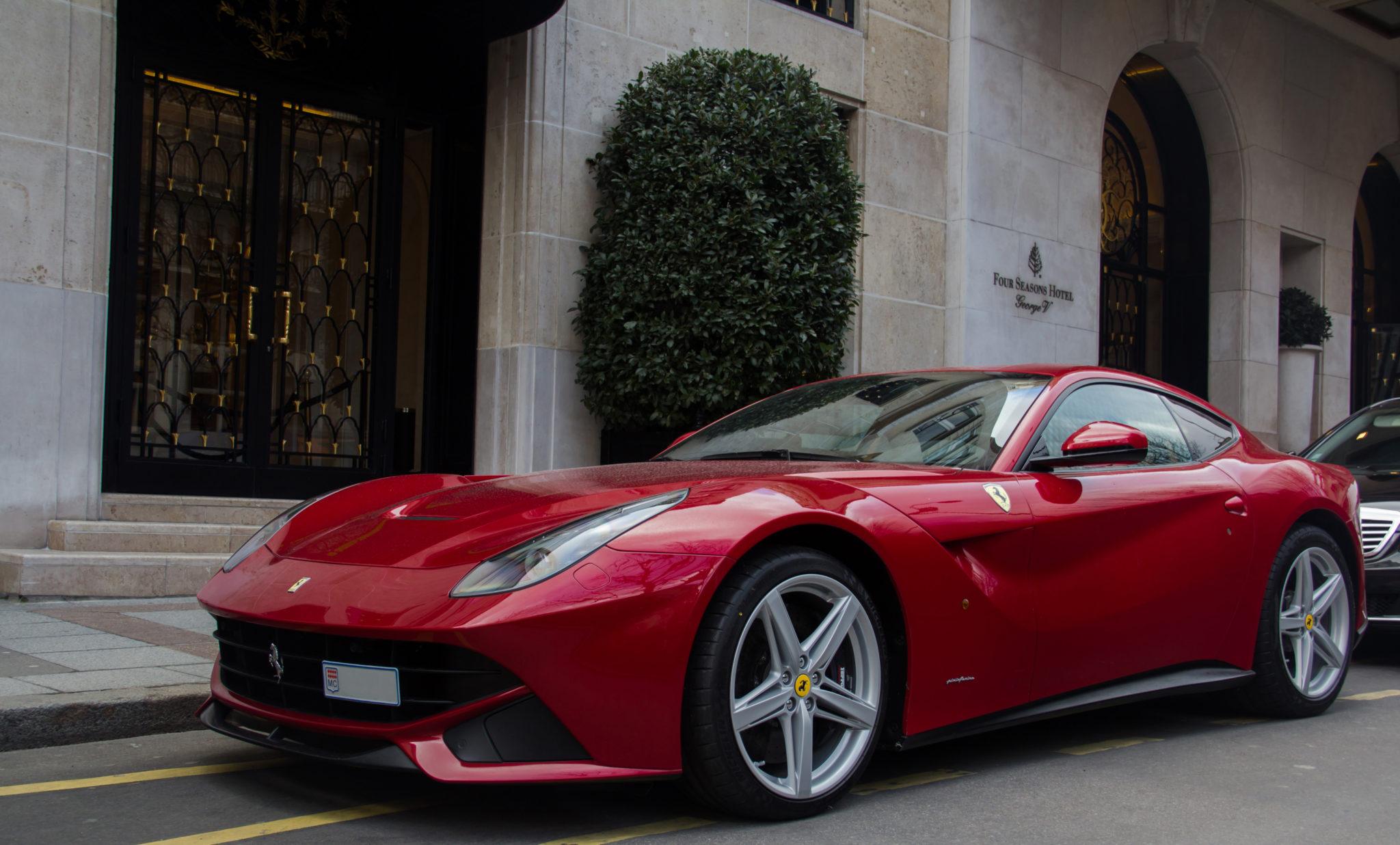 Ferrari_F12_Berlinetta