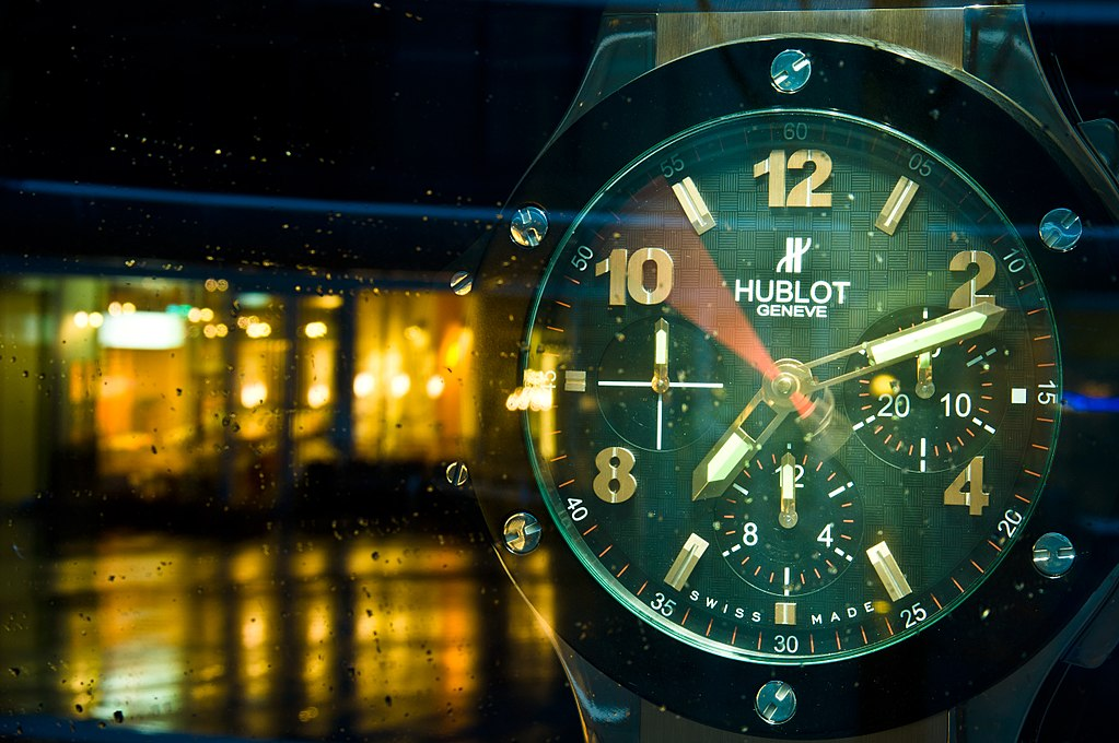 We offer loan on and pawn against Hublot watches