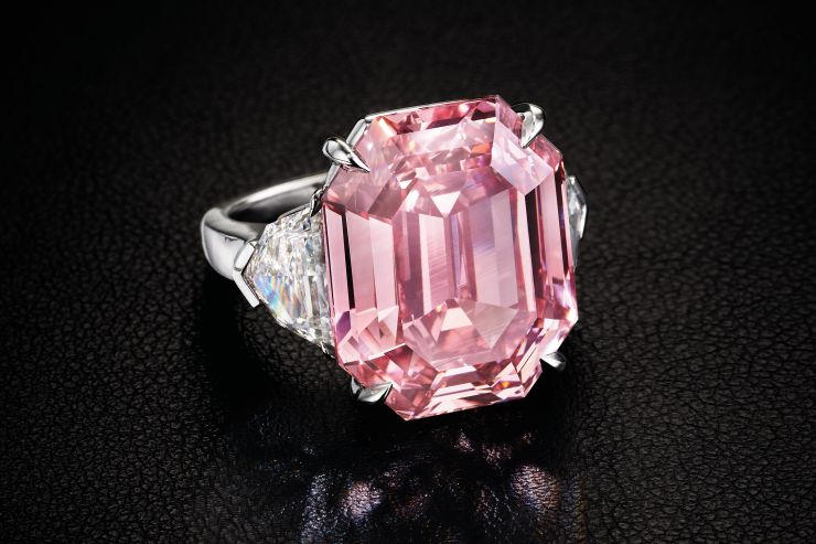 We loan on and pawn against pink diamonds